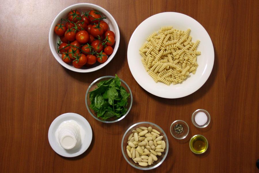 pasta pesto rosso ingredienti