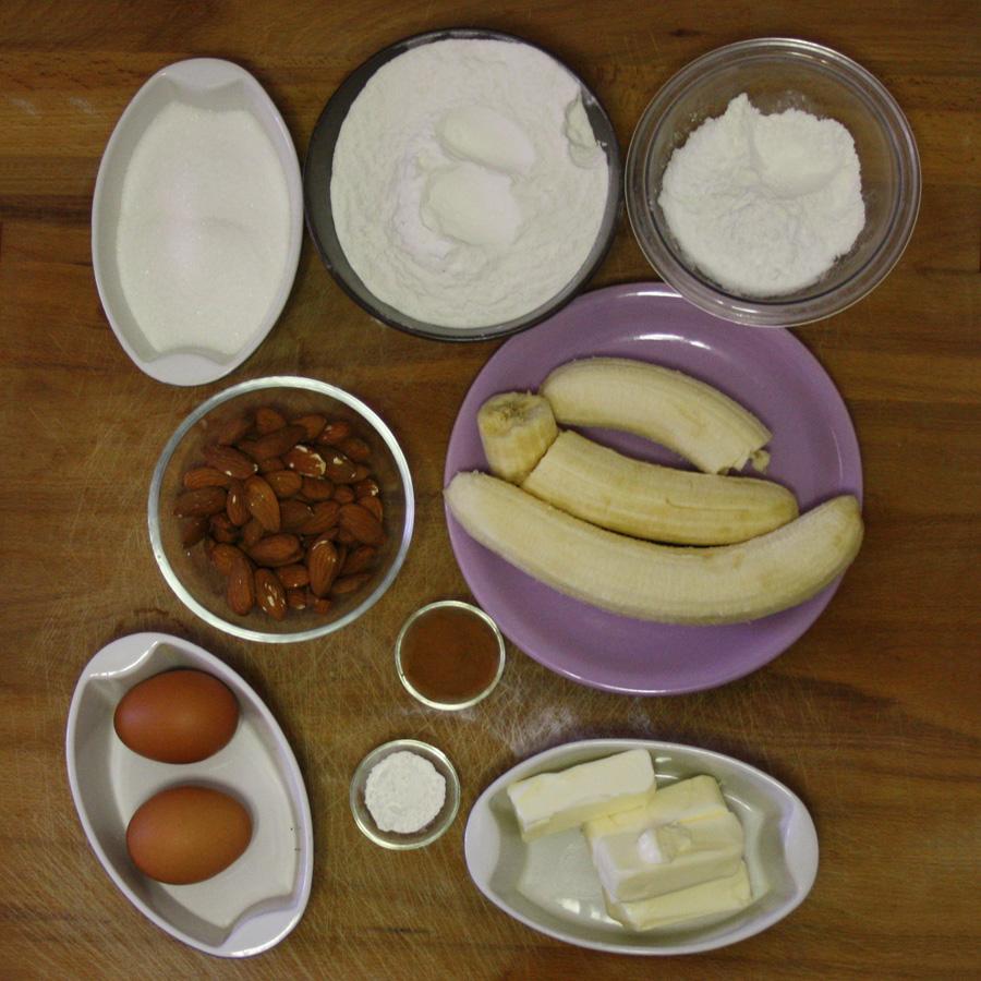 Ingredienti ricetta torta alla banana