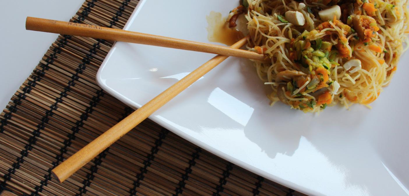 Ricetta Noodles Di Soia.Ricetta Spaghetti Di Riso Con Verdure Confoodential It