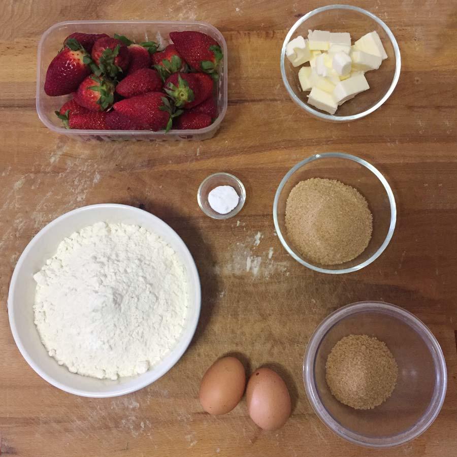 Ricetta Crostata con Fragole Fresche Caramellate - Confoodential.it