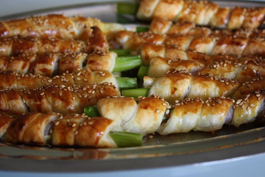 Ricetta antipasto di asparagi con pasta sfoglia e pancetta