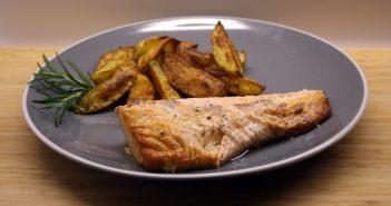 Ricetta salmone patate speziate