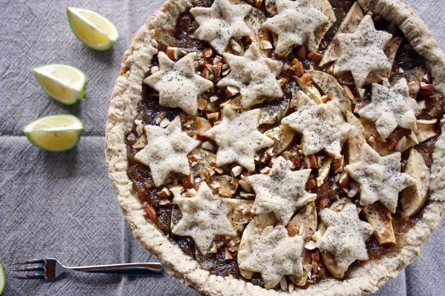 Ricetta della crostata al limone, con mele, mandorle e semi di papavero
