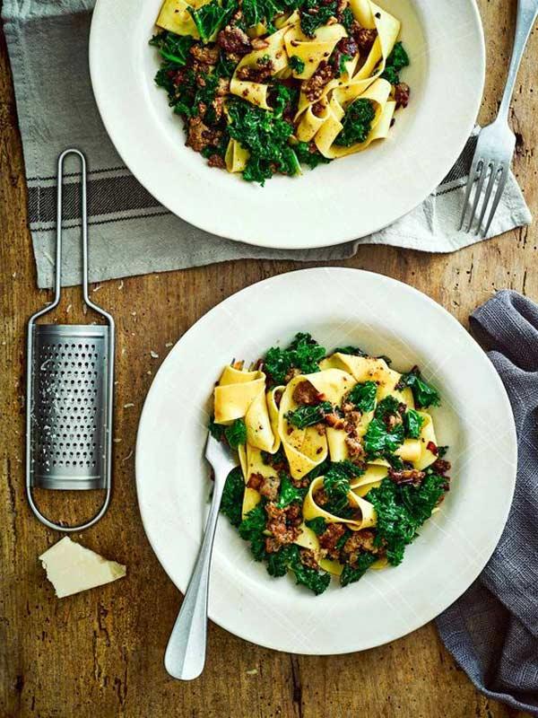 Cavolo riccio: 10 idee facili e veloci per cucinare la kale!