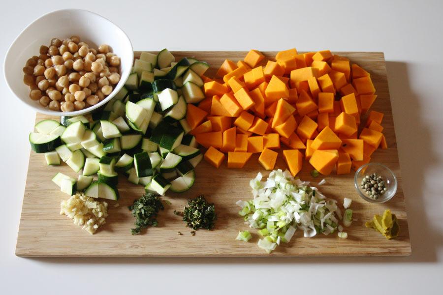 Passato di verdure con zucca, ceci e zenzero, facile e super-healthy!