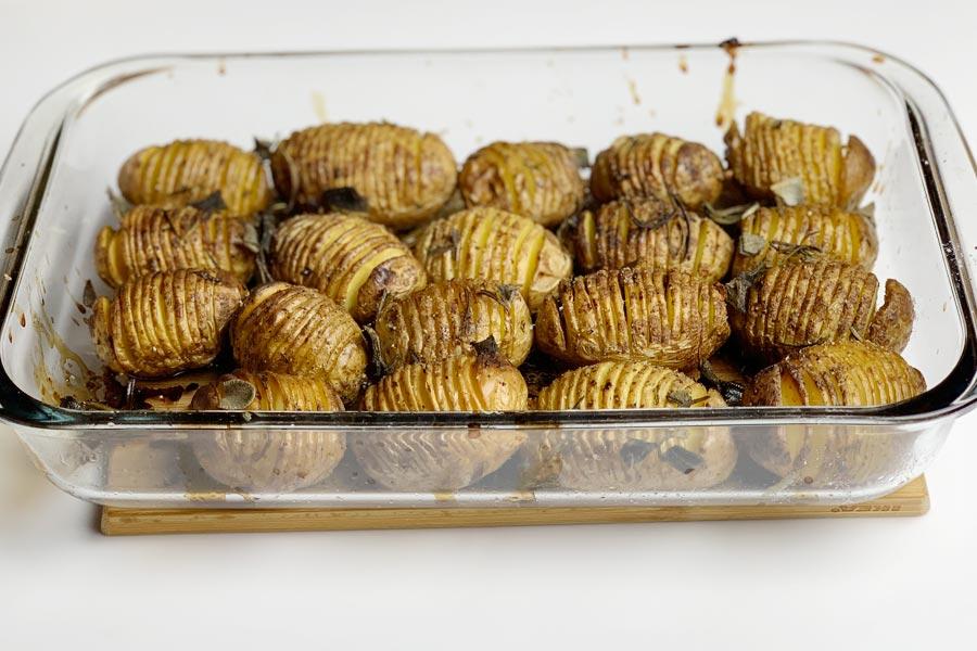 Patate al forno con buccia: il contorno perfetto da non perdere!