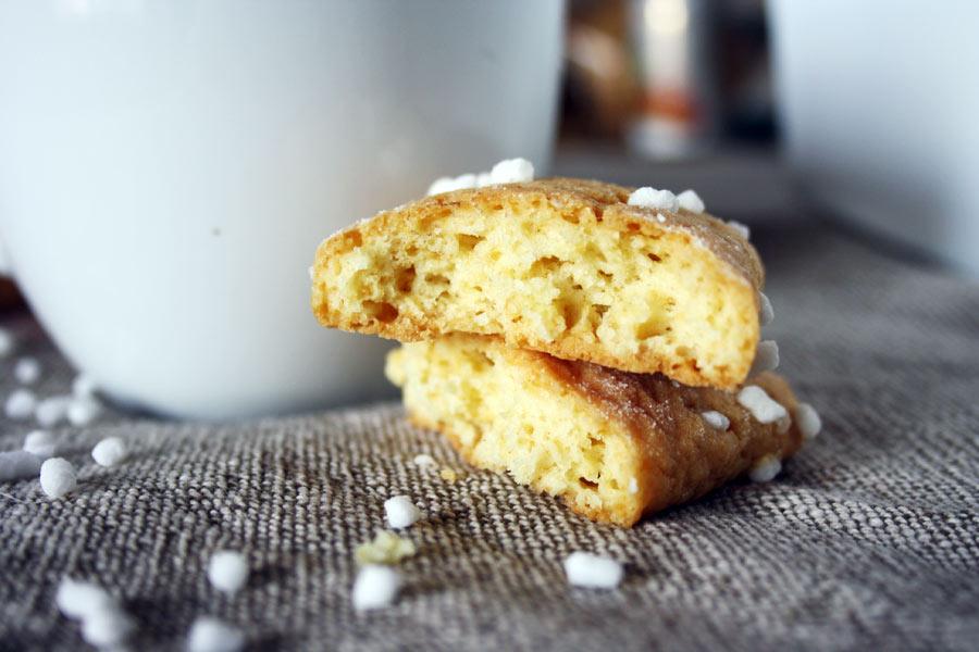 Ingredienti per i biscotti da inzuppo fatti in casa