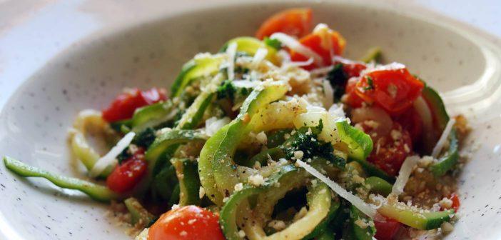 Zoodles: ecco la ricetta degli spaghetti di zucchine, facili e super light!