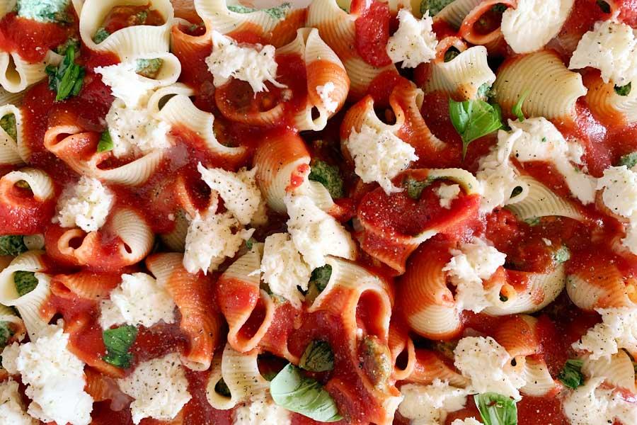 Pasta al Forno Ripiena con Ricotta e Spinaci in 5 Semplici Passaggi!