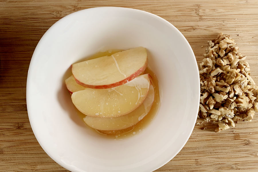 Cornetti di pasta sfoglia alle mele